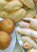 Mince Pie, Buns, Samosa, Springrolls